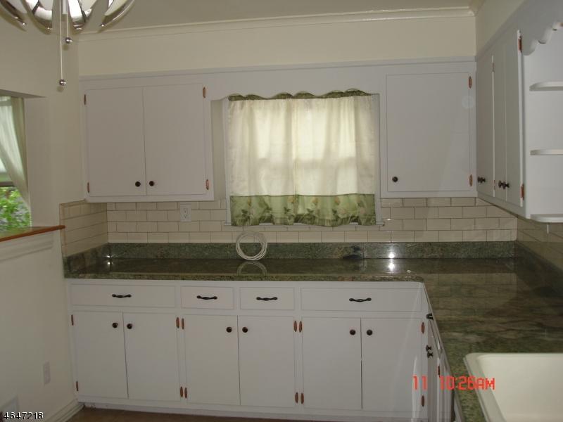 Additional photo for property listing at 343 La Grande Avenue  凡伍德, 新泽西州 07023 美国