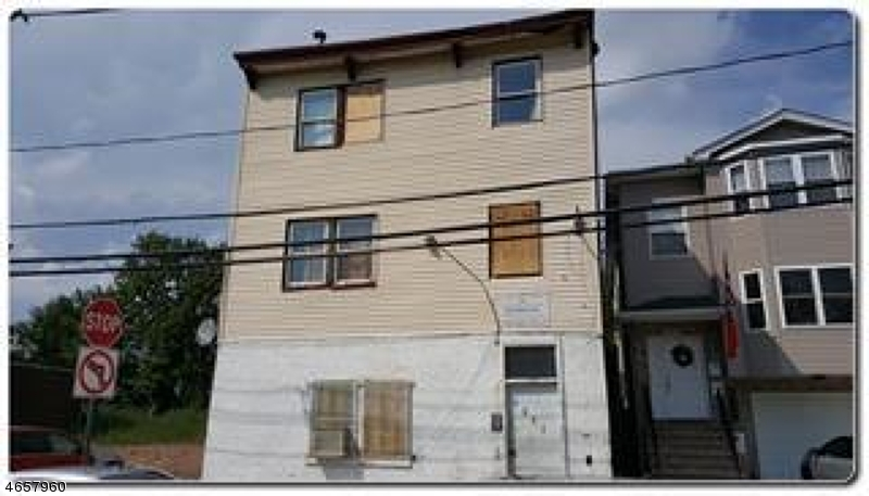 Casa Multifamiliar por un Venta en Address Not Available Elizabeth, Nueva Jersey 07201 Estados Unidos
