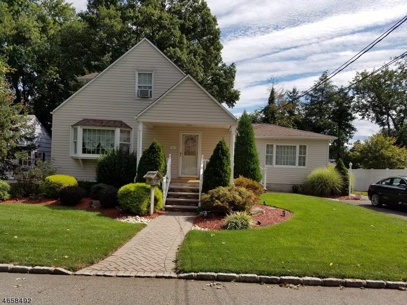 独户住宅 为 销售 在 16 Highland Avenue Pompton Plains, 07444 美国