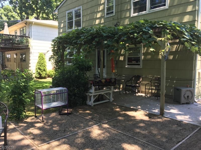 Casa Unifamiliar por un Alquiler en 71 Short Hills Avenue Short Hills, Nueva Jersey 07078 Estados Unidos