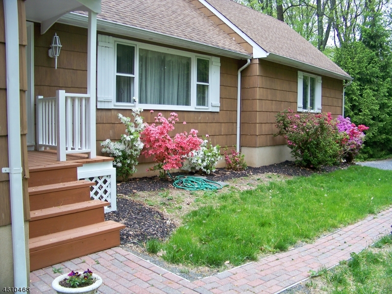 Частный односемейный дом для того Продажа на 5 Overlook Road Bloomsbury, 08804 Соединенные Штаты