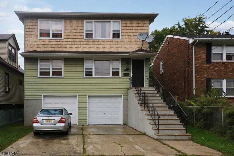 Многосемейный дом для того Продажа на 1516 Bower Street Linden, Нью-Джерси 07036 Соединенные Штаты