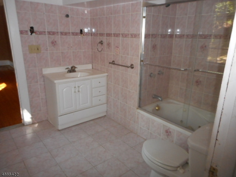 Additional photo for property listing at 59 Gregory Avenue  西奥兰治, 新泽西州 07052 美国