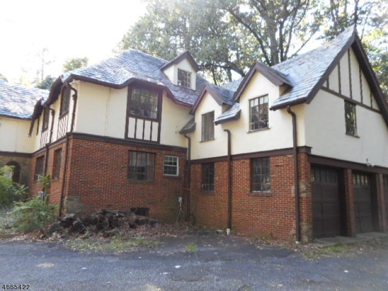 独户住宅 为 销售 在 59 Gregory Avenue 西奥兰治, 新泽西州 07052 美国