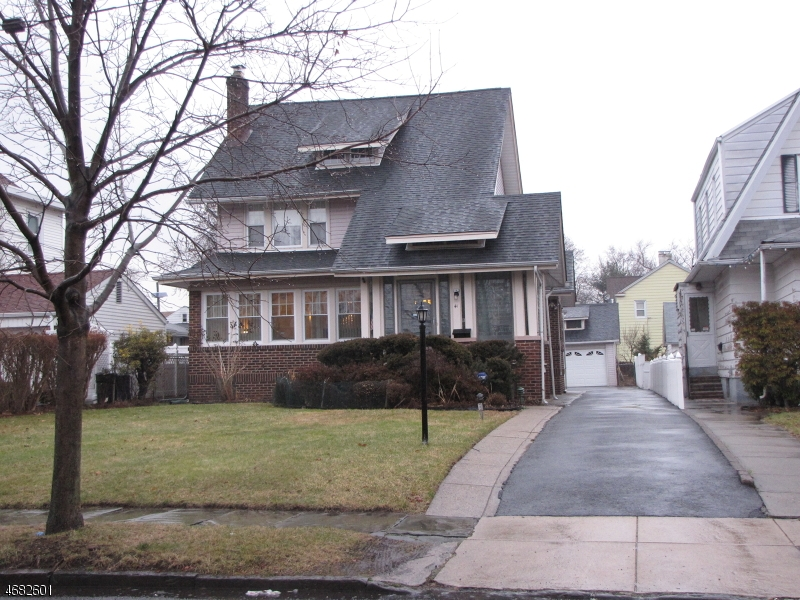 Single Family Home for Sale at 41 Beach Street Bloomfield, 07003 United States