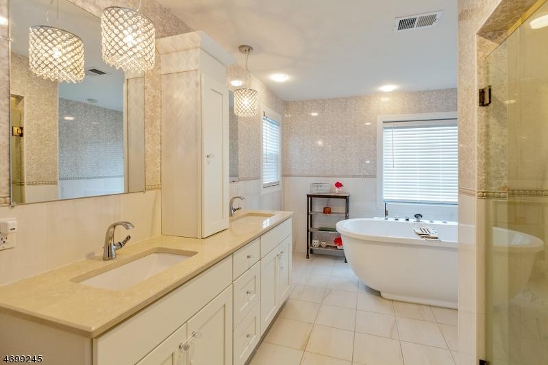 Additional photo for property listing at 15 Beechwood Road  Florham Park, Nueva Jersey 07932 Estados Unidos