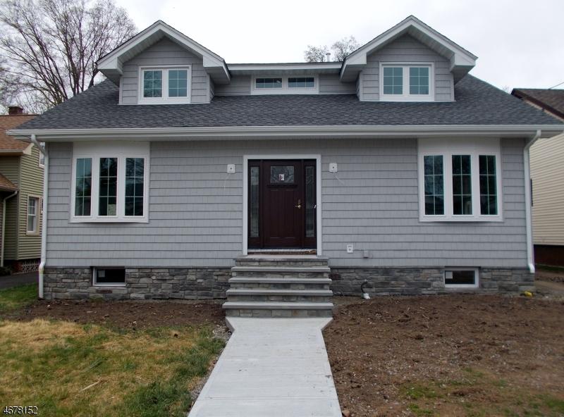 Частный односемейный дом для того Продажа на 18 Adams Avenue Cranford, 07016 Соединенные Штаты