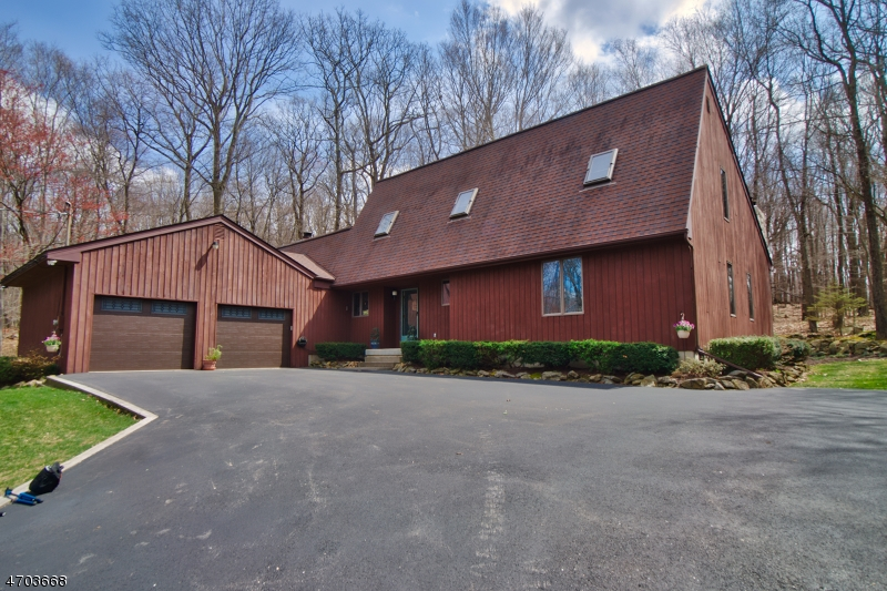Single Family Home for Sale at 214 MOUNT BETHEL Road Mansfield, 07865 United States