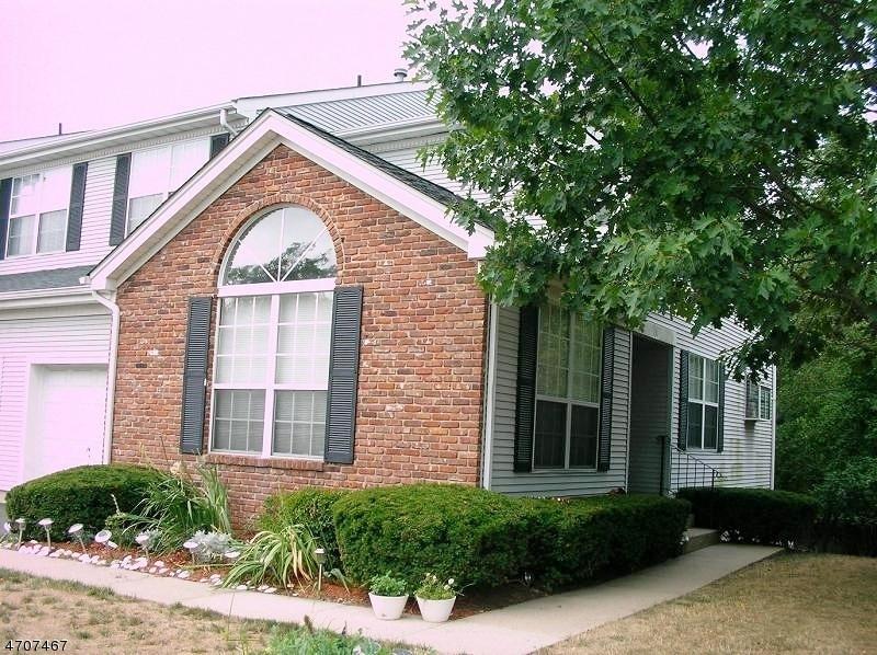 Частный односемейный дом для того Аренда на 131 Grantham Drive Franklin, 08873 Соединенные Штаты
