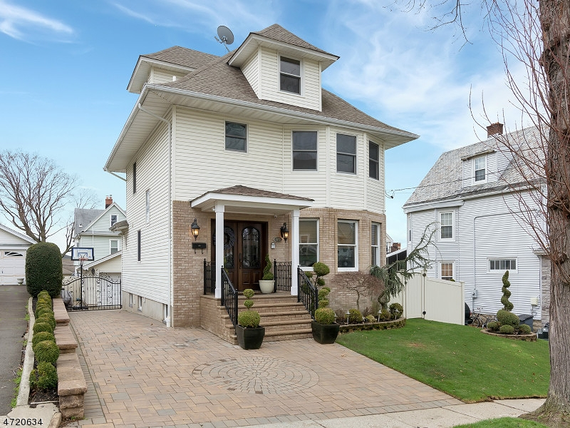 Single Family Home for Sale at 64 Stewart Avenue Kearny, New Jersey 07032 United States
