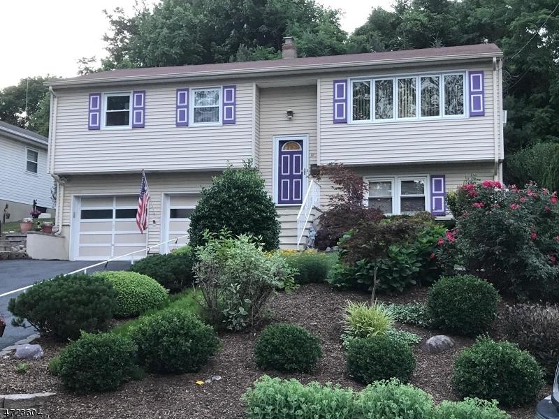 Single Family Home for Sale at 71 Hoffman Avenue Lake Hiawatha, 07034 United States
