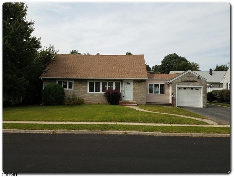 واحد منزل الأسرة للـ Sale في Address Not Available Clifton, New Jersey 07013 United States