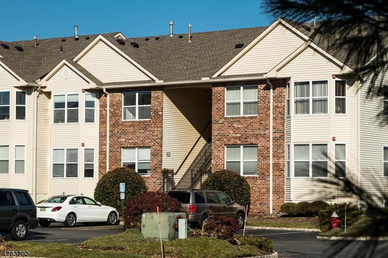 独户住宅 为 出租 在 22 Frankie Lane 东汉诺威, 新泽西州 07936 美国