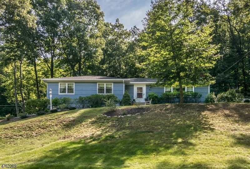 Maison unifamiliale pour l à louer à 9 Brookfield Way Morris Township, New Jersey 07960 États-Unis