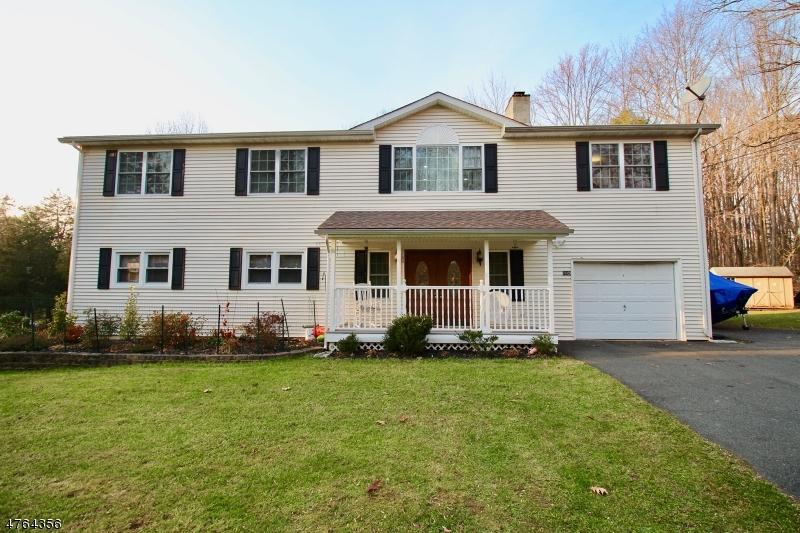 Casa Unifamiliar por un Venta en 905 Crest Road Stillwater, Nueva Jersey 07860 Estados Unidos