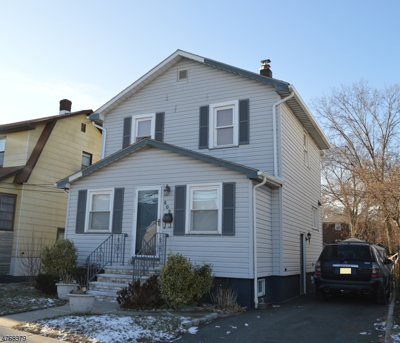 Single Family Home for Sale at 402 Forest Avenue Lyndhurst, New Jersey 07071 United States