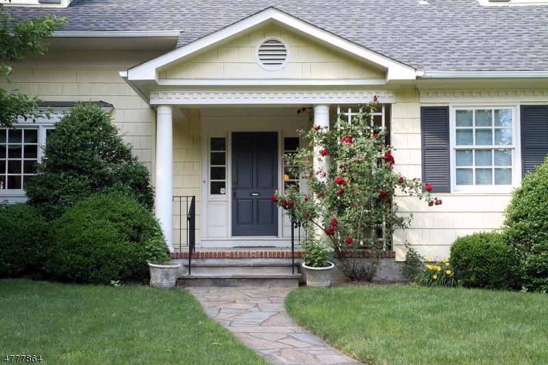 Casa Unifamiliar por un Alquiler en 207 McKinley Place Ridgewood, Nueva Jersey 07450 Estados Unidos