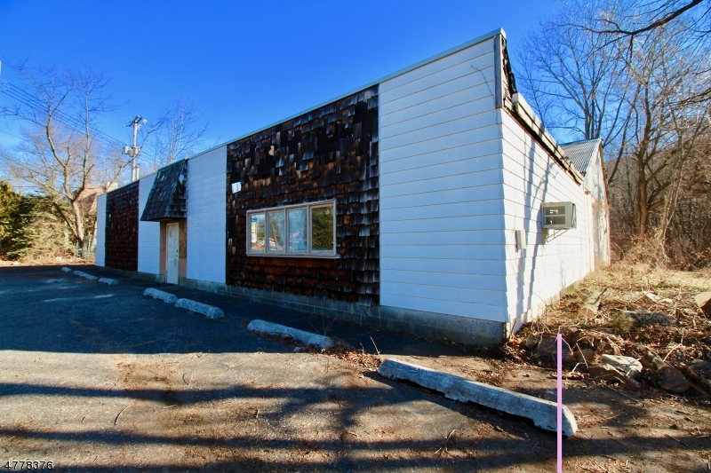 Commercial for Sale at 10 Route 206 10 Route 206 Byram Township, New Jersey 07874 United States