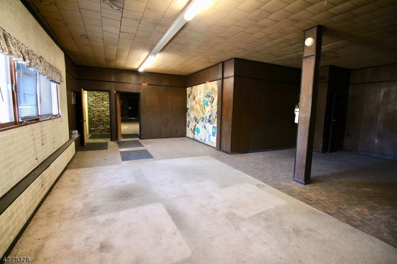 Additional photo for property listing at 10 Route 206  Byram Township, New Jersey 07874 États-Unis