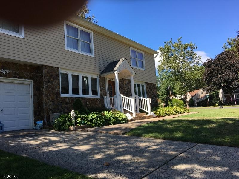 Частный односемейный дом для того Продажа на Address Not Available Fair Lawn, Нью-Джерси 07410 Соединенные Штаты