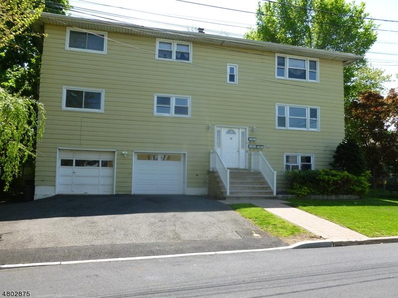 多户住宅 为 销售 在 12 Oratio Place Lodi, 新泽西州 07644 美国