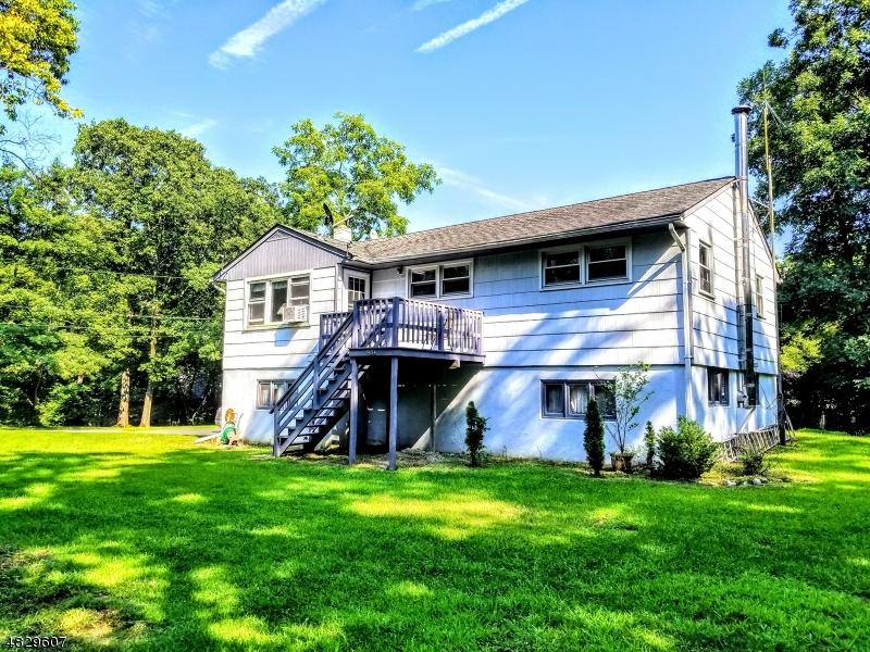獨棟家庭住宅 為 出售 在 904 ASPEN Drive Stillwater, 新澤西州 07860 美國