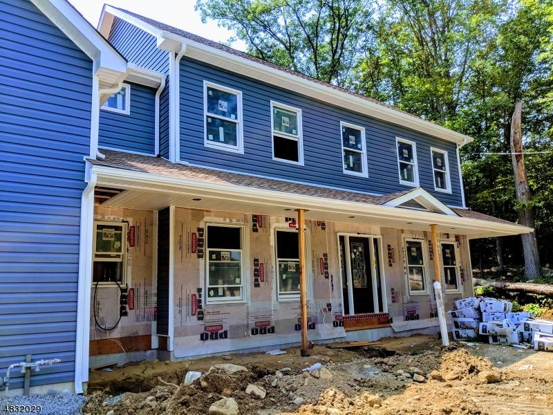 Casa Unifamiliar por un Venta en 40 RESERVIOR Road Rockaway, Nueva Jersey 07866 Estados Unidos
