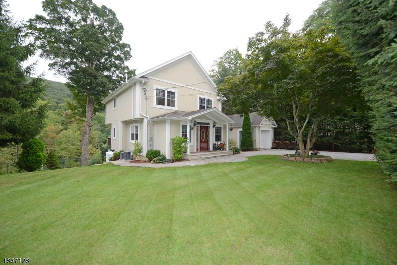 独户住宅 为 销售 在 11 FORD Drive Jefferson Township, 新泽西州 07438 美国