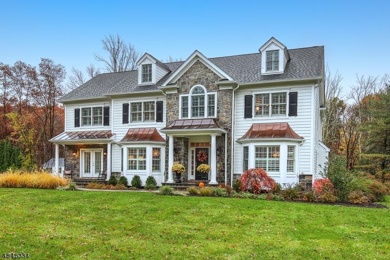 独户住宅 为 销售 在 90 CULBERSON Road Bernards Township, 新泽西州 07920 美国