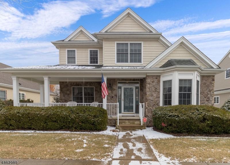 Property için Satış at 37 FALCON WAY Washington, New Jersey 07882 Amerika Birleşik Devletleri