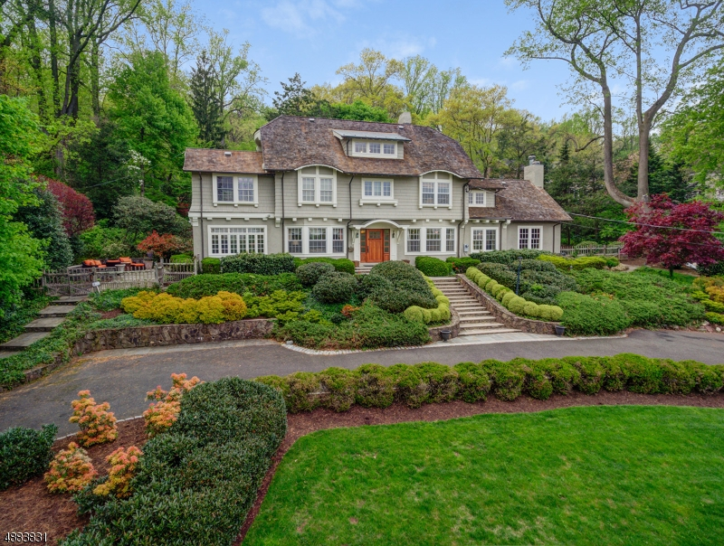 Single Family Home for Sale at Maplewood, New Jersey 07040 United States