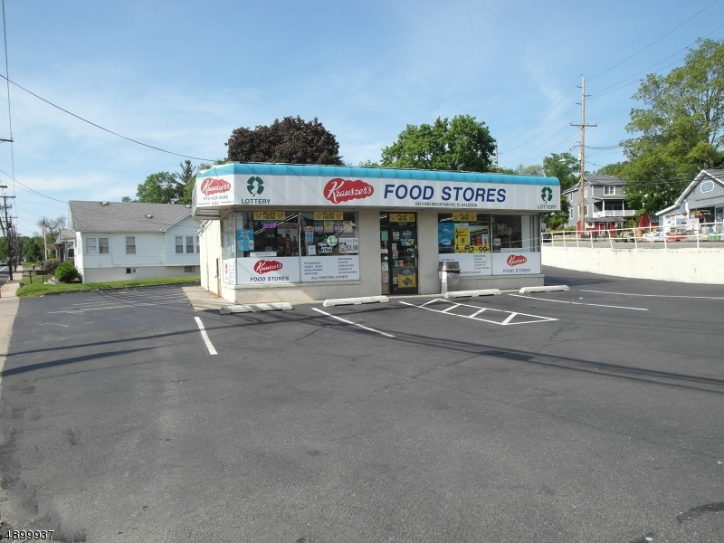 Commercial for Sale at North Haledon, New Jersey 07508 United States