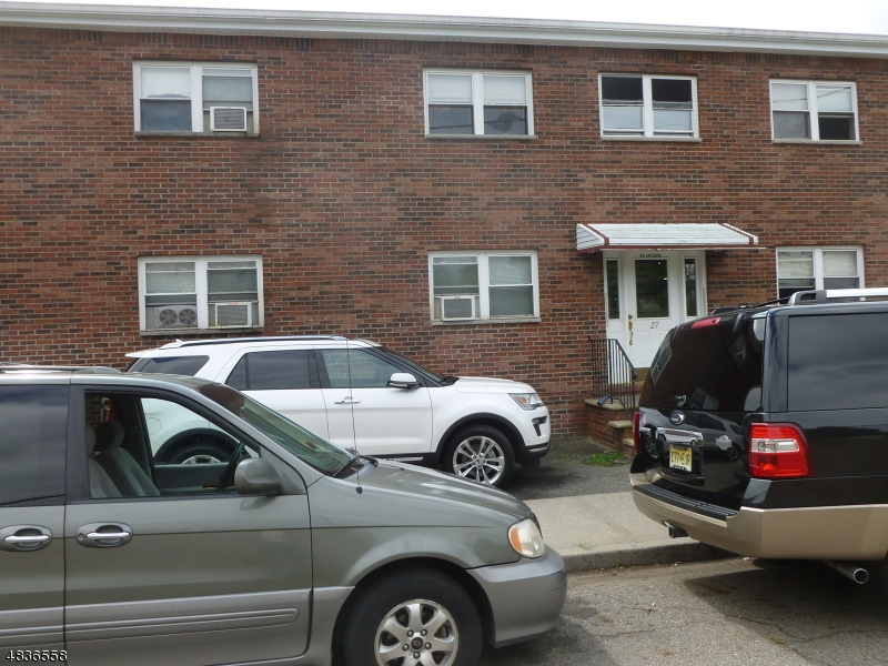 Property por un Alquiler en Address Not Available Belleville, Nueva Jersey 07109 Estados Unidos