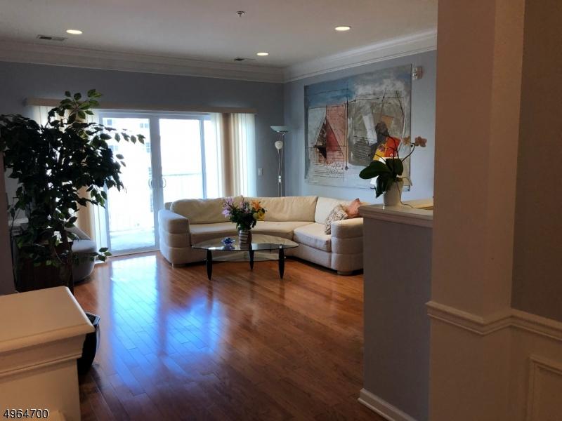 公寓 / 联排别墅 为 销售 在 Wanaque, 新泽西州 07465 美国