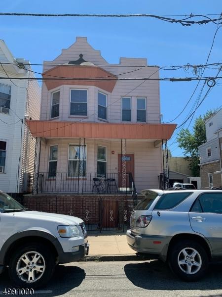 Multi-Family Homes vì Bán tại Union City, New Jersey 07087 Hoa Kỳ