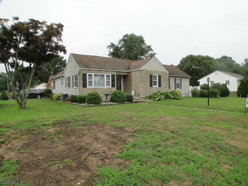 Single Family Homes pour l Vente à Wall, New Jersey 07719 États-Unis
