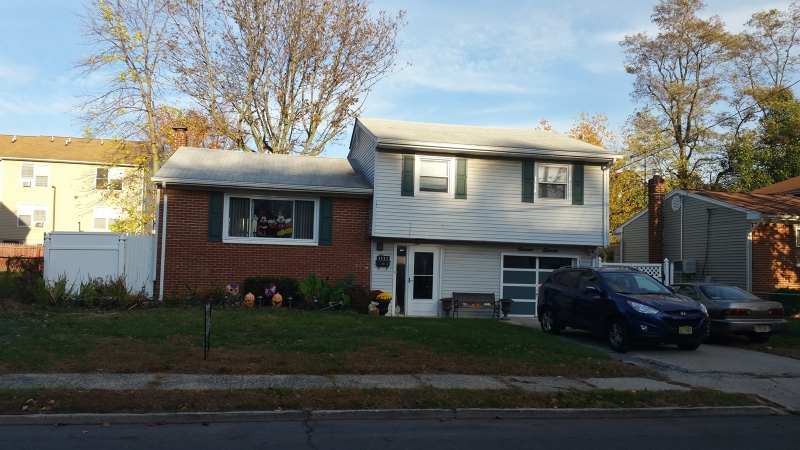 Additional photo for property listing at 1111 Rivington Street  Roselle, Нью-Джерси 07203 Соединенные Штаты