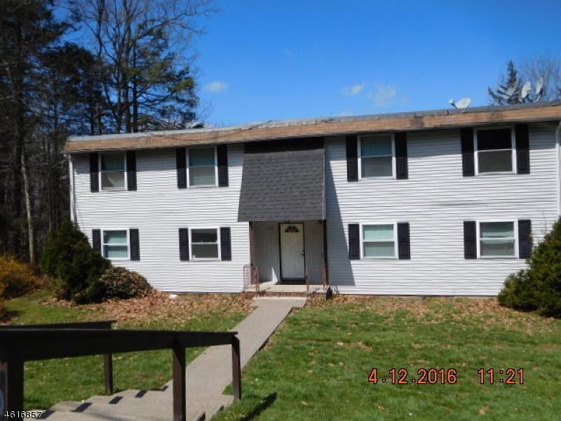 Частный односемейный дом для того Продажа на 102-D HEMLOCK HL Montague, Нью-Джерси 07827 Соединенные Штаты