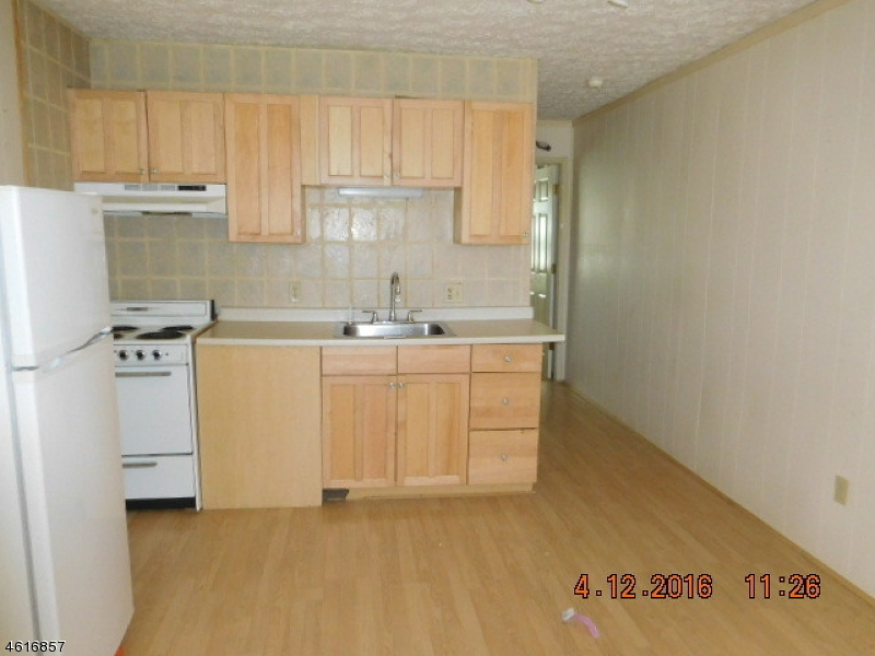 Additional photo for property listing at 102-D HEMLOCK HL  Montague, Нью-Джерси 07827 Соединенные Штаты