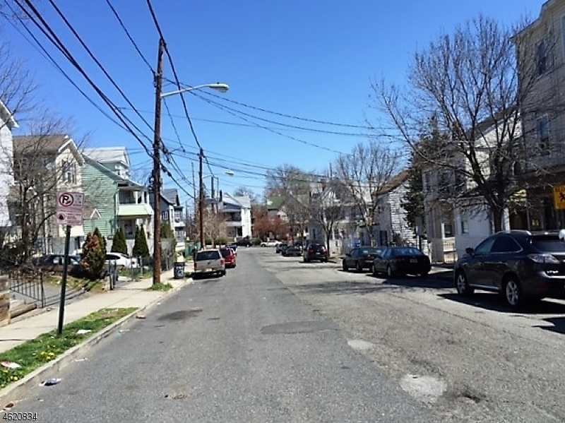 Additional photo for property listing at 156 N 5th Street  Paterson, New Jersey 07522 United States