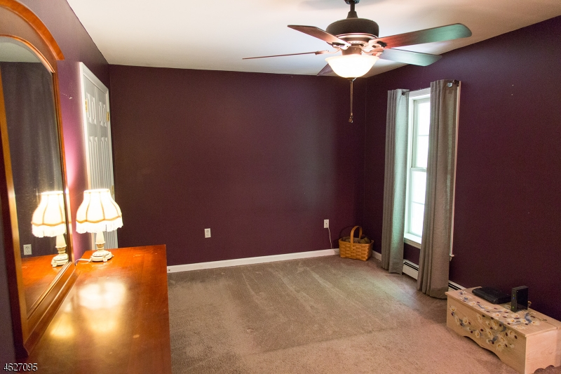 Additional photo for property listing at 1007 Hillside Avenue  Newton, New Jersey 07860 United States