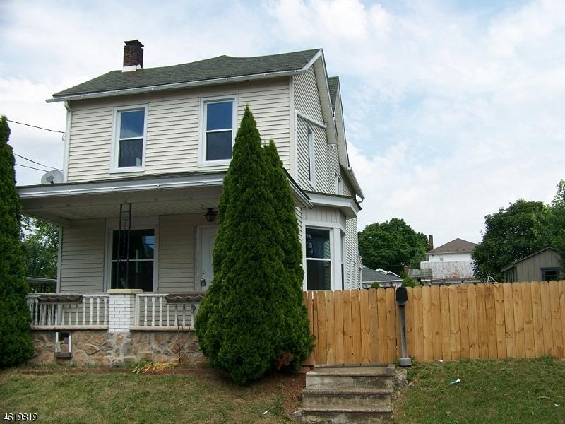 Maison unifamiliale pour l Vente à 289 Prospect Street Phillipsburg, New Jersey 08865 États-Unis