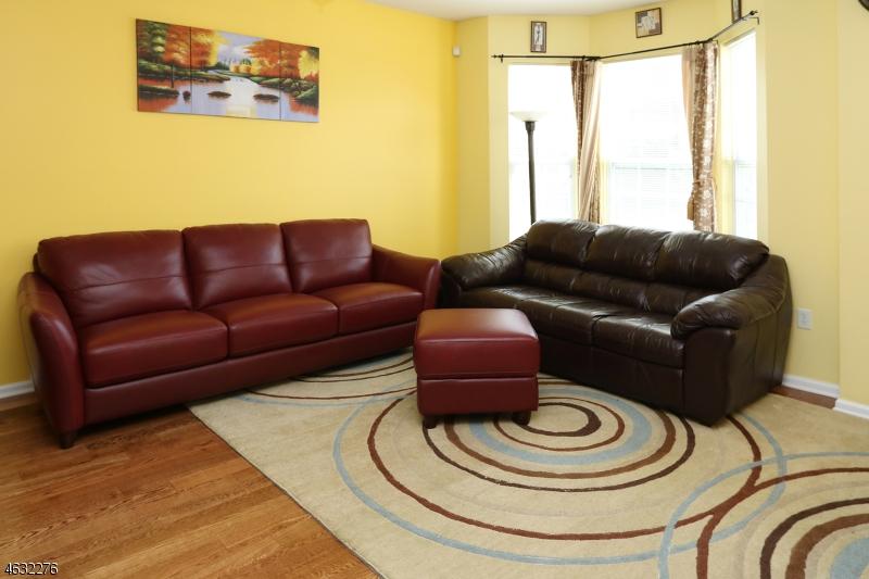 Maison unifamiliale pour l à louer à 1009 Cunningham Court Belleville, New Jersey 07109 États-Unis