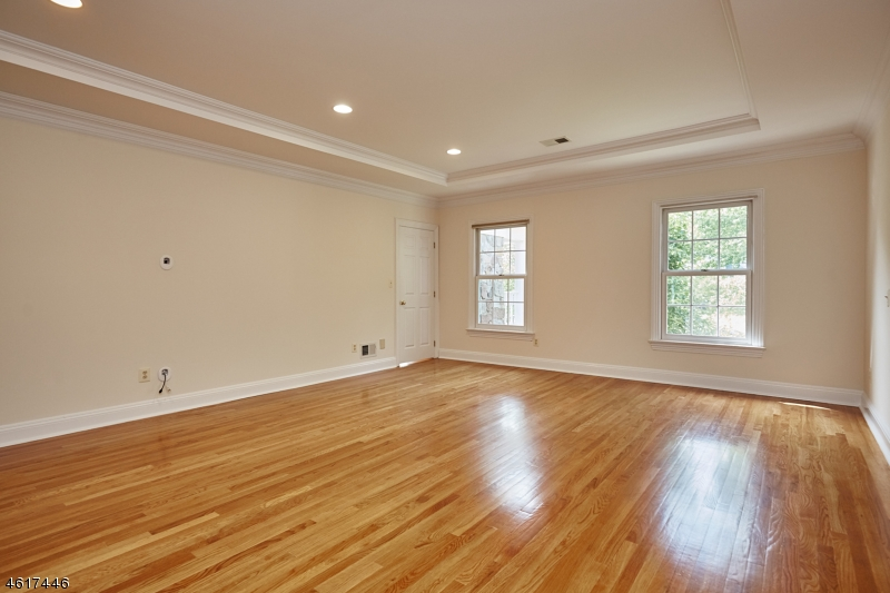 Additional photo for property listing at 61 Butternut Lane  Basking Ridge, New Jersey 07920 United States