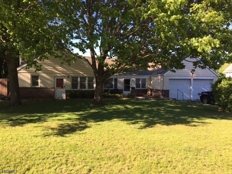 Single Family Home for Sale at 38 Belmont Avenue Wanaque, New Jersey 07465 United States