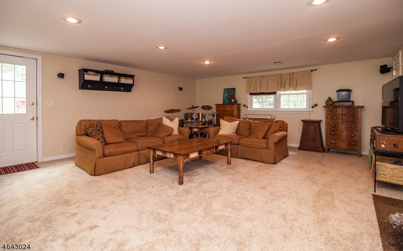 Additional photo for property listing at 22 Meadowview Road  Basking Ridge, Nueva Jersey 07920 Estados Unidos