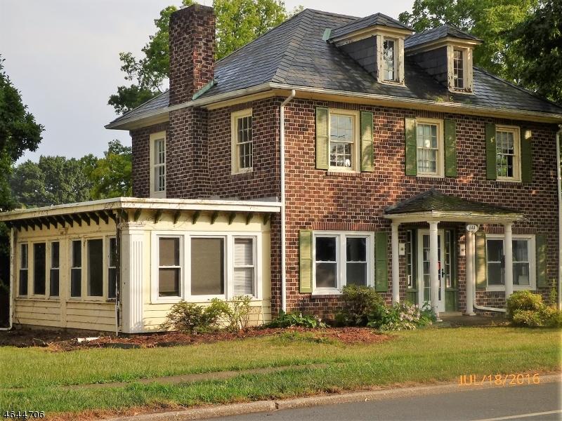 Частный односемейный дом для того Продажа на 644 Belvidere Road Phillipsburg, Нью-Джерси 08865 Соединенные Штаты