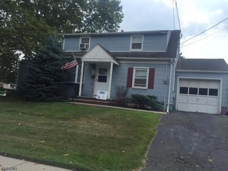 Частный односемейный дом для того Продажа на 5 Knollwood Ter Clifton, Нью-Джерси 07012 Соединенные Штаты