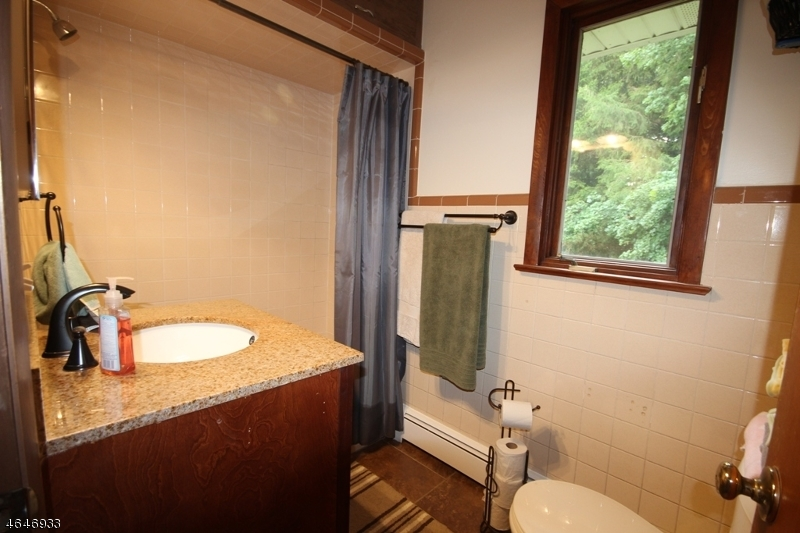 Additional photo for property listing at 908 Cedar Ridge Road  Newton, New Jersey 07860 États-Unis