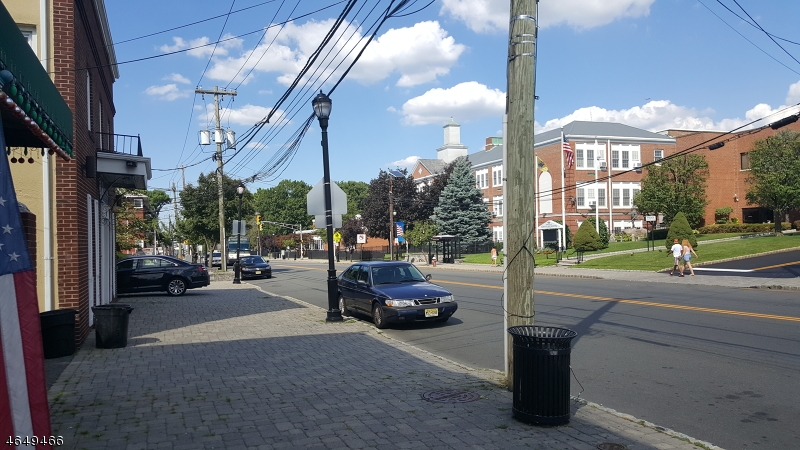 Additional photo for property listing at 215 Ridge Road  North Arlington, Nueva Jersey 07031 Estados Unidos
